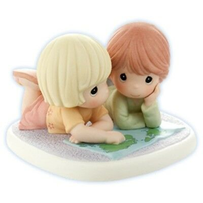Precious Moments 'The World Is A Better Place With Friends', New in Box, 820006