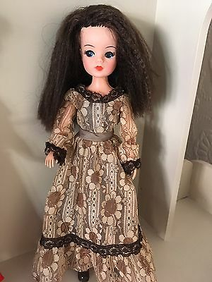 Vintage Pedigree Starlight Sindy Doll In Premier Dress And Shoes