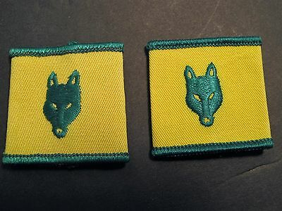 Boy Scouts Canada Wolf Cub  Epaulets Pair Green Yellow  Cubs
