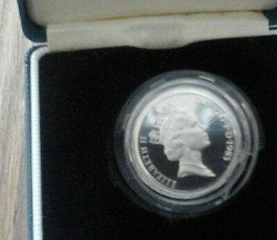 SILVER PROOF £1 ONE POUND coin welch leak.