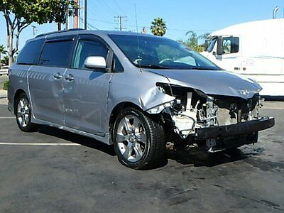 2011 Toyota Sienna SE 2011 Toyota Sienna SE Wrecked Repairable Perfect Project Save On Salvage MustSee