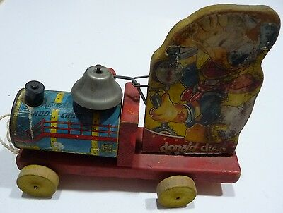 Vintage Fisher Price Walt Disney Donald Duck Choo Choo Train Pull Toy # 450