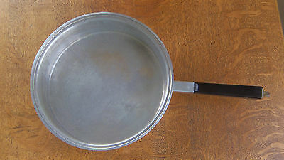 "West Bend  De Luxe DeLuxe Aluminum Ware 9.5""-10""  x  2 1/2""  Frying Pan Skillet"