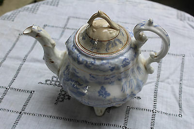 Antique Porcelain Chinese Tea Pot Blue and White Pattern Damaged
