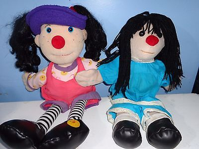"Big COMFY Couch LOONETTE & MOLLY dolls 22"" 18"""