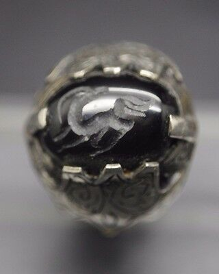Beautiful Antique Silver Ring With Animal Seal Insert