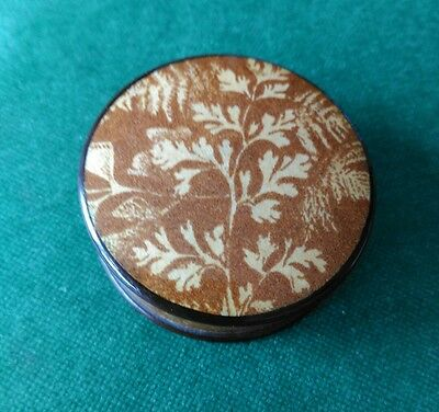Mauchline Fern Ware Circular Powder Box with Puff.