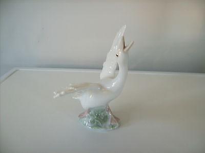 Lladro. Duck Running # 1263 Perfect Condition.