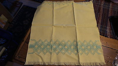 Vintage HUCK EMBROIDERED HAND TOWEL Guest, Yellow w/ Green Embroidery