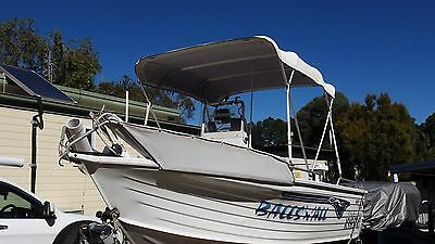 QUINTREX CENTRE CONSOL REEF hunter 4.7 YAMAHA 4 STROKE 50 HP