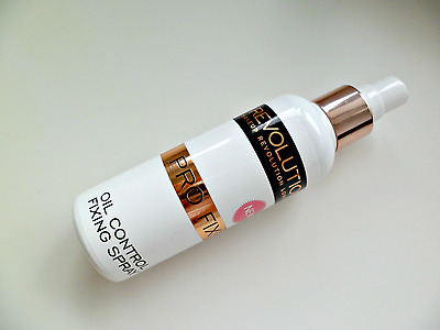 MakeUp Revolution Pro Fix Oil Control Setting Fixing Spray Anti Shine 100ml New