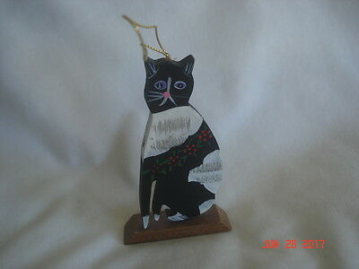 "CUTE Older Hand-Painted BLACK & WHITE Wood KITTY CAT ORNAMENT 4"" High"