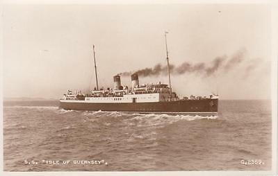 1930s SS Isle of Guernsey Unused RP Ship Postcard G2359