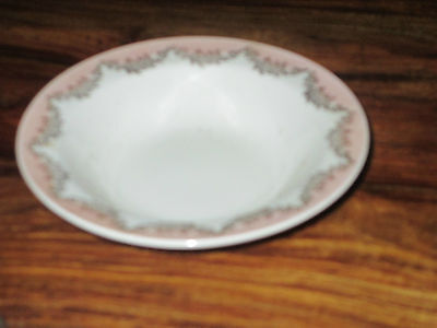 Bowls Knowles Pink Semi Vitreous 4 Berry Fruit Bowls