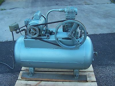 Ideal 2 Hp Reciprocating Air Compressor 115/230 Vac 1 Phase 200 Psi