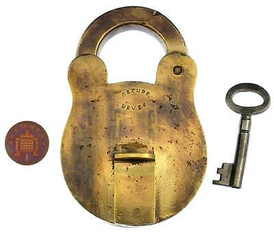 "Antique Large 3¾"" Brass Padlock with Key 417g - My Ref P365"