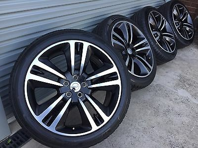 """Genuine Chrysler 20"""" 300 Srt8 Core Wheels  Excellent Condition New Tyres!!"""