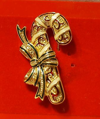 Christmas Holiday Brooch Pin With Earrings - SET - Enamel C - New
