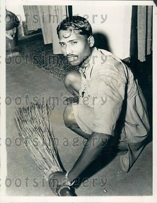 1964 Wire Photo Caste System In India Untouchable Uses Broom To Sweep