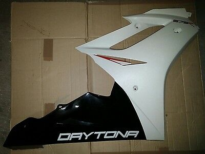 Triumph Daytona R 675 Right Hand Side Panel Fairing White Clean Tidy 06-12