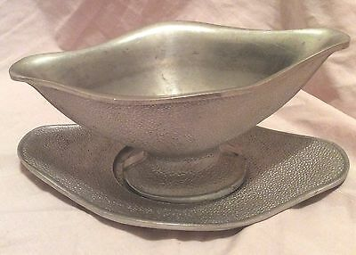 Vintage Guardian Service Ware Gravy Boat with Under Plate Tray Hammered Aluminum