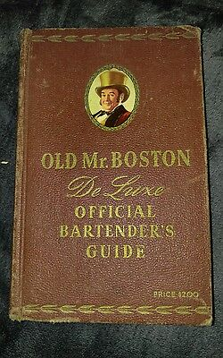 VTG 1953 OLD MR. BOSTON DELUXE OFFICIAL BARTENDERS GUIDE BOOK LEO COTTON 10th