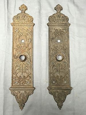 Pair Antique Cast Iron Yale & Towne Entry Door Knob Back Plates Hardware 453-17E