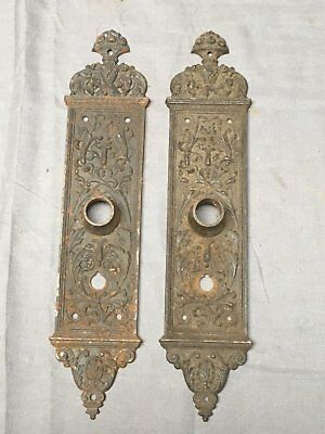 Pair Antique Cast Iron Yale & Towne Door Knob Back Plates Vtg Hardware 455-17E