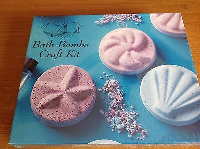 BATH BOMB CRAFT KIT MAKE YOUR OWN SHELL MOLDS LUSH SCENTED - Factory Sealed