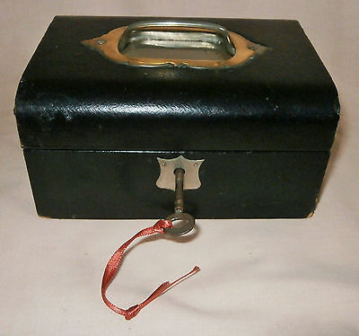 Vintage / Antique Jewellery Box with Inner Tray and Key Lock
