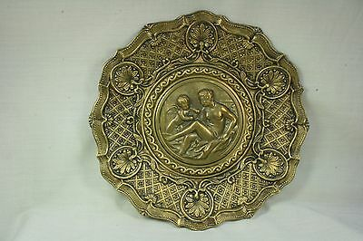Plato decorativo. Plato con angelito y señora. Decorative plate. Dish with angel