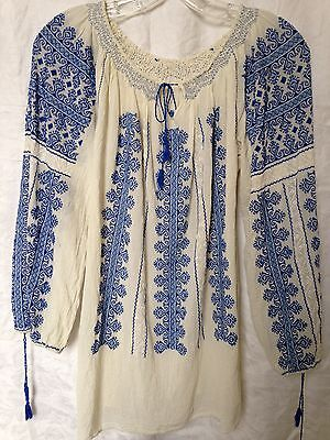 Vtg 60's Romanian Blouse, hand embroidered on lightweight cotton, Peasant BoHo