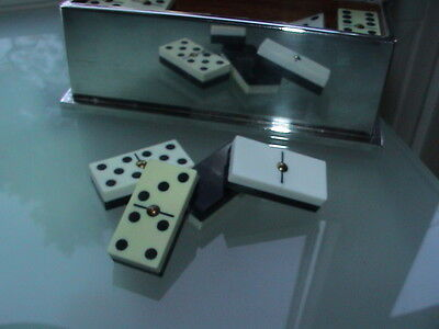 Dekoratives Domino Spiel in versilberter Box