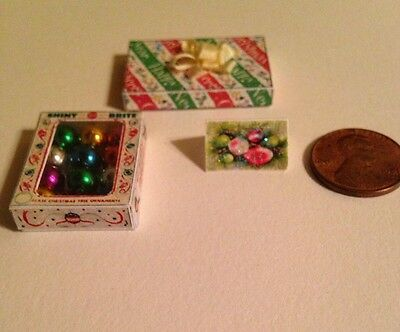 Miniature Christmas Decorations Shiny Brite Vintage Style Doll House 1:12 Scale