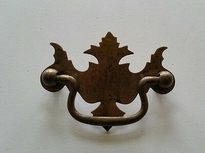 One , VINTAGE 2 1/2 INCH CENTER TO CENTER DRAWER PULL HANDLE (937)