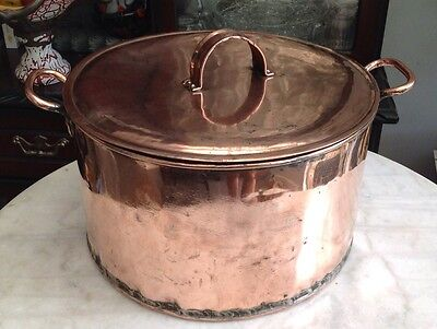 VICTORIAN ANTIQUE Lidded Copper COOKING POT OR IDEAL ICE BUCKET WINE COOLER