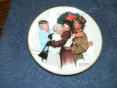 """Gorham Norman Rockwell Christmas Collector Plate """"Home for the Holiday"""" 1985 COA"""