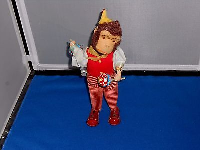 """Vintage Working Wind-up Monkey tin toy, with key 9"""" VERY GOOD CONDITION"""