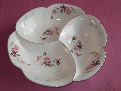 Pretty Floral Divided Bowl Dish Snacks Dips Nibbles Parties Nuts Entertaining