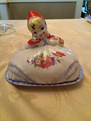 Vintage 1940's Hull ~ Little Red Riding Hood Butter Dish ~ Pat.des.no. 135889