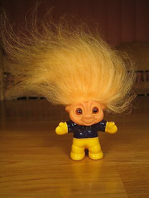 Dam Eskimo Cheerleader Troll Doll