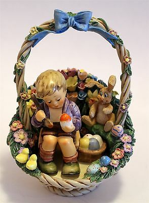 """Hummel Figurine """"Easter's Coming"""" Collector's Set """"Joy of Spring"""" Display In Box"""