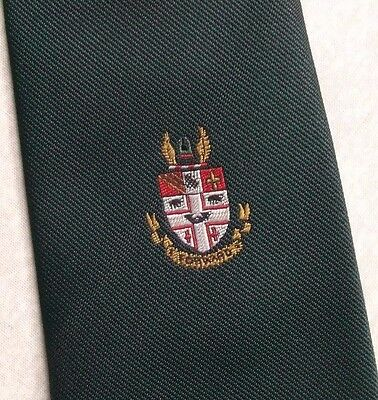 SHIELD CRESTED CLUB ASSOCIATION TIE GREEN BY CLAN DESIGNS 1970s 1980s SOCIETY