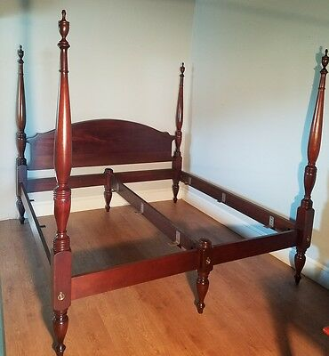 Craftique Solid Mahogany Ashlawn King Size Bed