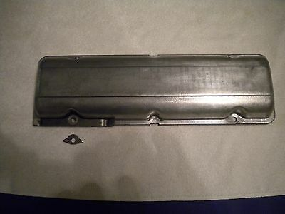 Corvair. Early style valve cover using4 small original type backup washers only.