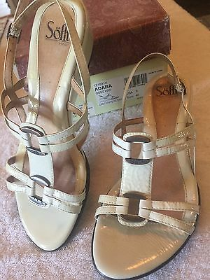 Womens SOFFT White Patent Leather Gold Metal Decorated Strappy SANDALS Size 9M