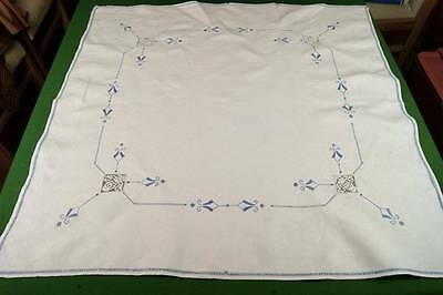VINTAGE TABLECLOTH With Blue Lefkara Embroidery & Filet Lace Inserts T1
