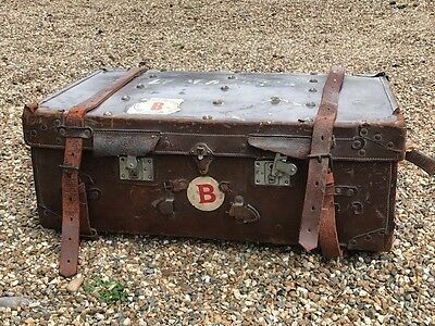 Antique Steamer Trunk / Suitcase