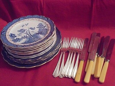 Booths Real Old  Willow 11 Dinner plates & Knives & Forks