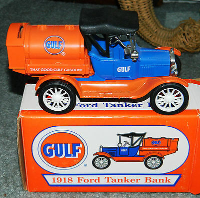 NEW IN BOX DieCast Ertl Collectibles GULF GASOLINE 1918 Ford Tanker Bank
